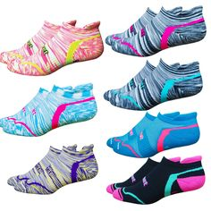 Your New Favorite Running Socks! Forefoot and heel padding and mid-foot support.doesn't get much better than this one! Athletic Outfits, Athletic Wear, Sport Outfits, Running Socks, Best Running Shoes, Trail Running, Workout Attire, Workout Wear, Nike Free Runners