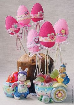 Basteln Frühling in 2020 Easter Projects, Easter Crafts, Spring Crafts, Holiday Crafts, Felt Crafts, Diy And Crafts, Diy Ostern, Diy Easter Decorations, Felt Christmas Ornaments