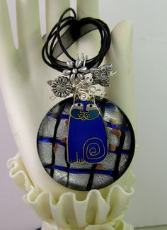 Recycled Vintage LAUREL BURCH Fat Cat Necklace Cat by Texaswoman
