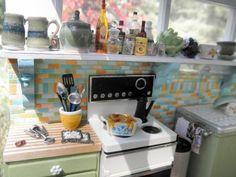 love this mini kitchen