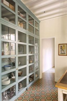 Try a feature floor instead of featured wall #tileinspiration