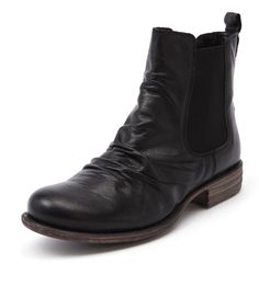 Comfort Boots | Shop Women's Boots Online at Styletread