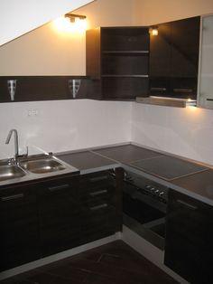 egyedi mini konyha maximális helykihasználással
