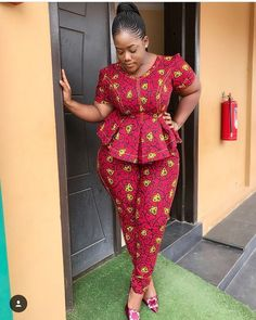 Looking for the best ankara fashion creative ideas and inspiration for your next fashion project? African Attire Dresses for Young Ladies - African Prints Ankara Styles For Women, Beautiful Ankara Styles, Ankara Dress Styles, African Dresses For Women, African Attire, African Wear, African Outfits, Ankara Peplum Tops, Ankara Jumpsuit