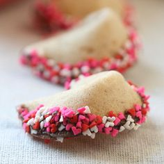 Homemade fortune cookies. Ah, been looking everywhere for this recipe!