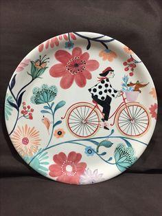 Prato de cerâmica pintado à mão