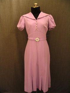 09002020 09018438 Dress 1930's lavender wool crepe, B38 W27.JPG
