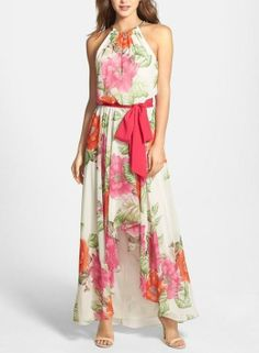 Feeling as pretty as a princess in this floral print maxi dress.