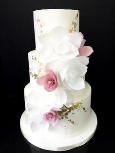 3-tier delicate floral