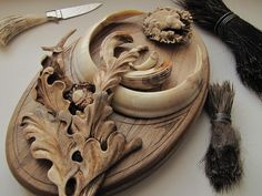 Jozef Diheneščík / Словакия Wood Carving Designs, Carving Wood, Wood Crafts, Diy And Crafts, Hunting Art, Taxidermy, Kitsch, Christmas Crafts, Lion Sculpture