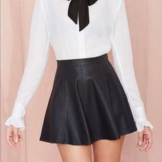 Black Vicious Circle Skirt New super feminine and sexy black flare skirt. Only worn once!! Size Small. Nasty Gal Skirts Circle & Skater
