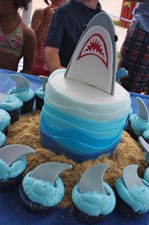 Cute shark cake perfect for any Shark Week party! I love sharks! Shark Birthday Cakes, 6th Birthday Parties, Birthday Fun, Birthday Ideas, Birthday Cupcakes, Shark Cake, Shark Fin Cupcakes, Shark Cookies, Shark Party