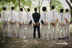 Weve seen a lot of funny groomsmen photos, but this sets a new standard for awesomeness. I like the groomsmen in a lighter color! Funny Wedding Photos, Wedding Pictures, Wedding Ideas, Wedding Shot, Wedding Dj, Funny Bridesmaid Pictures, Wedding Hands, Lesbian Wedding, Trendy Wedding
