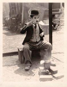 """""""Le cirque"""" Charles Chaplin dans son film (1928)"""