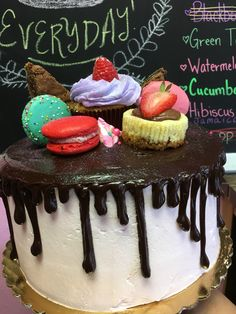 Chaos cake