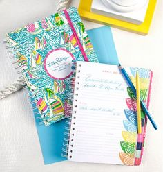 062789884 Pre-order your 2013 Lilly Pulitzer agenda now and receive a free gift!