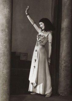 "Vivien Leigh in ""Caesar & Cleopatra"""