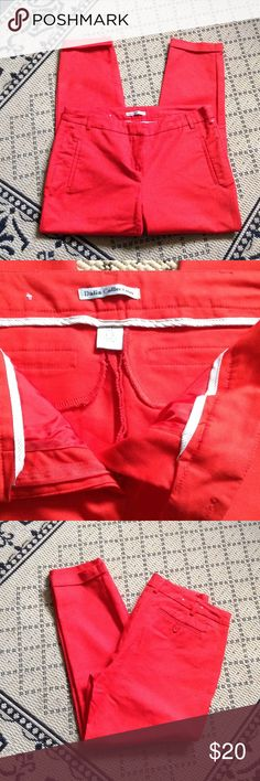 """🆕 Bright Red Capri Crop Twill Pants 🌹🍅 NWOT! Lovely Shade of Tropical Red. Classic Chino Styling. Cuffed 25"""" inseam. Dalia Collection Brand Size 8 Dalia Collection Pants"""