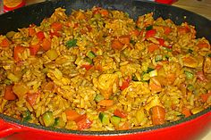 pan - Snacks -rice pan - Snacks - With this Ham Fried Rice you don't have to even leave your kitchen to have restaurant worthy Chinese food. This is the secret to ham fried rice faux takeout style. Reispfanne 7 Djuvec-Reis pan from (Daniela) Easy Chicken Recipes, Rice Recipes, Dinner Recipes, Healthy Recipes, Healthy Eating Tips, Healthy Nutrition, Nutrition Shakes, Foil Pack Dinners, Arroz Frito