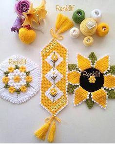 Likes, 45 Comments - Muh Crochet Potholders, Crochet Doilies, Crochet Flowers, Tunisian Crochet, Crochet Stitches, Baby Knitting Patterns, Crochet Patterns, Crochet Toilet Roll Cover, Bargello