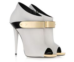 Cheap shoe heel tip, Buy Quality shoes directly from China shoe last Suppliers: 2017 Spring/Autumn Dress Women Shoes Solid Black/White Peep Toe Metal Buckle Zipper Ankle Boots Women Thin High Heels Free Ship Giuseppe Zanotti Design, Giuseppe Zanotti Heels, Zanotti Shoes, Giuseppe Shoes, Dream Shoes, Crazy Shoes, Me Too Shoes, Hot Shoes, Shoes Heels