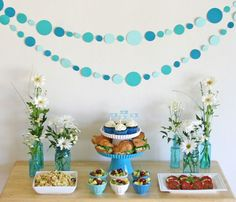 Easy Paper Polka-dot Garland Tutorial - glorioustreats.com