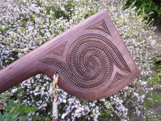 Koru Korua Tae - Custom Made Items, authentically handcarved & Tae Eke Aotearoa - Educational Resources Polynesian People, Polynesian Art, Maori Symbols, Maori Designs, Nz Art, Medieval Weapons, Maori Art, Bone Carving, Prehistory