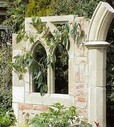 Romantic Ruins: Lovely Ruin Decorations