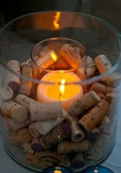 wine cork candle holder- love this! But I would write dates and occasions on all the corks Wine Tasting Party, Wine Parties, Wine Tasting Room, Wine Cork Candle, Candle Jars, Candle Holders, Candle Centerpieces, Wine Candles, Wine Bottle Centerpieces