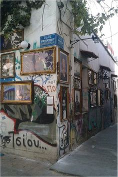 GO: Jordan Makarof's outdoor gallery at Avliton street.