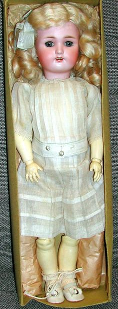 Daisy doll used as a premium for 3 subscriptions and $4.50 to the Ladies Home Journal in 1911. Several variations.