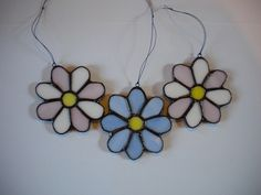 Stained glass daisy ornament decoration pink and white or blue