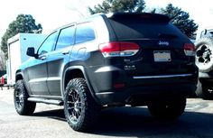 "The Edge Automotive - Englewood, CO, United States. 2015 WK2 Grand Cherokee Diesel. 2.5"" Lift & 285's make this not only a great driving truck, but great off-road too!"