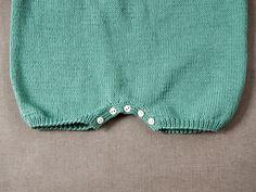 Baby Patterns, Knitting Patterns Free, Free Pattern, Knitting For Kids, Baby Knitting, Boho Shorts, Casual Shorts, Baby Barn, Baby Crafts
