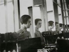 inneroptics:  Ise Gropius - Self Portrait