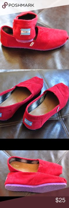 ❤Red Corduroy Toms with Flannel Lining❤ Red Corduroy Toms with Flannel Lining! Excellent used condition. Worn once. Women's size 9.5. Purple sole. Perfect winter Toms. TOMS Shoes Flats & Loafers