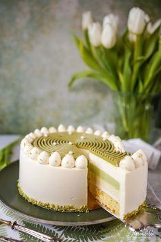 YuKoMa Torte - Maren Lubbe - Feine Köstlichkeiten Winter Torte, Good Food, Yummy Food, Delicious Recipes, Naked Cakes, Matcha, Vanilla Cake, The Best