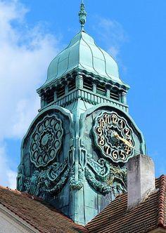 Bad Nauheim - Sprudelhof 3   Flickr - Photo Sharing! Big Clocks, Wall Clocks, Unusual Clocks, World Clock, Outdoor Clock, Somewhere In Time, Time Stood Still, A Moment In Time, Time Clock