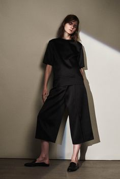 Joseph Resort 2016 Fashion Show
