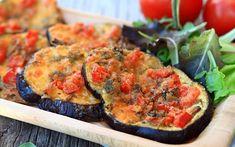 Pizzette de vinete by LauraAdamache Serve hot or room temp Healthy Cooking, Healthy Eating, Cooking Recipes, Texas Kitchen, Entree Recipes, Ratatouille, Bruschetta, Mozzarella, Eggplant