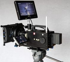 Oh This Is a Super Logmar Super 8 Camera: