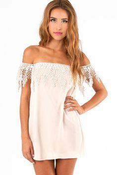 50d5c07ce23c81 tobi esmerelda off shoulder dress