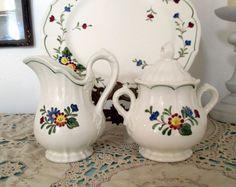 "Metlox Poppytrail Vernon ware ""Quail Ridge"" Creamer & Covered Sugar Bowl…"