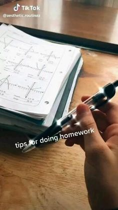 Middle School Hacks, High School Hacks, High School Life, Life Hacks For School, School Study Tips, School Goals, School Tips, Study Websites, School Survival Kits