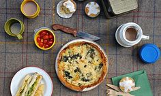 Spinach potato quiche-Ruby Tandoh GuardianA filo base and a quark filling yield a quiche that& as light as your low-fat conscience. Photograph: Jill Mead for the Guardian britishbaking Supper Recipes, Fish Recipes, Whole Food Recipes, Healthy Recipes, Healthy Food, Quark Recipes, Puff Pastry Recipes, Homemade Tacos, Homemade Taco Seasoning