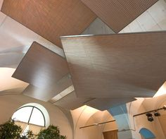 Echolinear acoustic wall and ceiling panelling