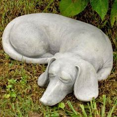 Skippy the Dachshund Garden Statue - Just in case someone is wondering what to get me for Christmas :)