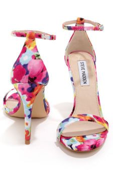 Ankle straps and florals <333 Steve Madden Stecy Floral Print Ankle Strap Heels