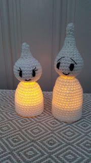 Stick O, Halloween Crochet, Textiles, Halloween Pumpkins, Pumpkin Carving, Candle Holders, Crochet Patterns, Candles, Christmas