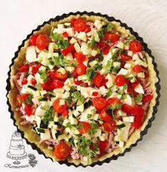 Kermaruusu: Kinkku-kasvispiirakka Vegetable Pizza, Pie, Vegetables, Desserts, Food, Torte, Tailgate Desserts, Cake, Deserts